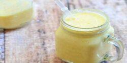 خواص انبه و شیر ؛ خواص شیر انبه در بدنسازی برای کودکان با عسل